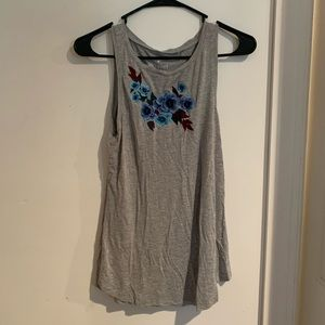 🌞3/$20 American eagle embroidered flower tank